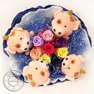 Paper rose bouquet with cuddly characters
