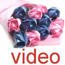 Videos of Twelve rose bouquet